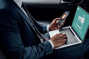 Las estrategias de ciberseguridad no solo sirven a las empresas también a las personas. Una vulnerabilidad en el sistema que es crítica es el robo de datos personales